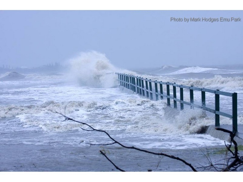 28-jetty-rough-conditions