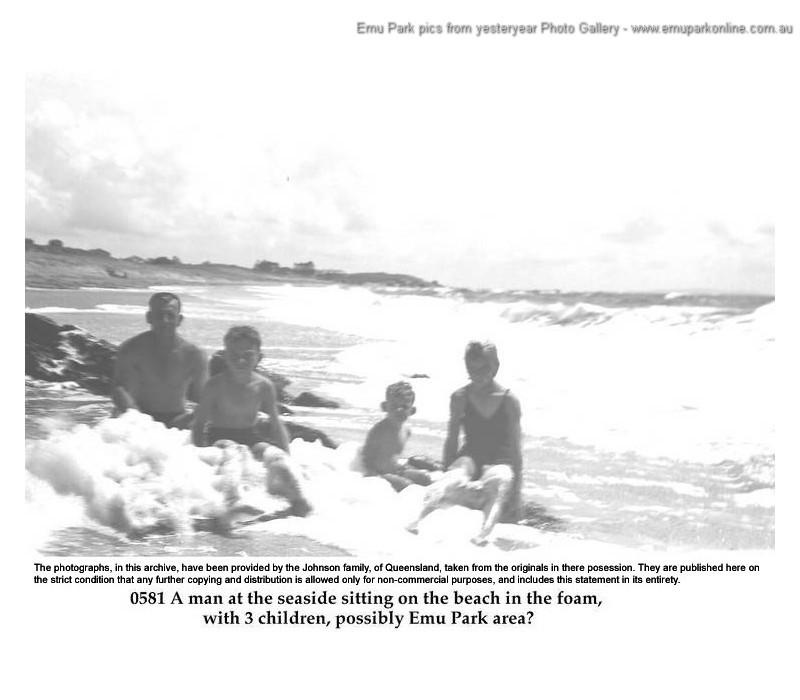 family_emu_park_beach_old