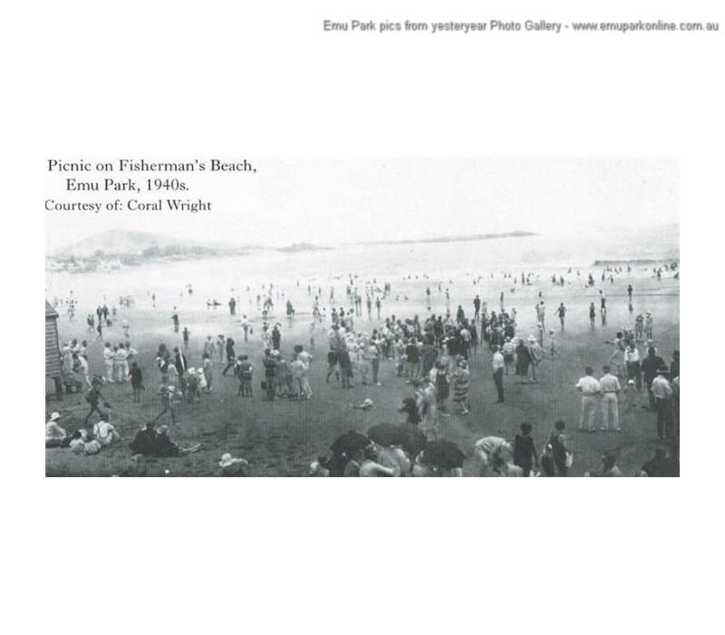 fishermans_beach_picnic_1940s